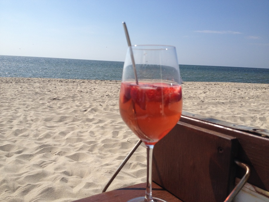 Ferienwohnung Wenningstedt - Erdbeerbowle in der Sansibar